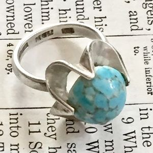 Vintage sterling silver Turquoise glass Ring